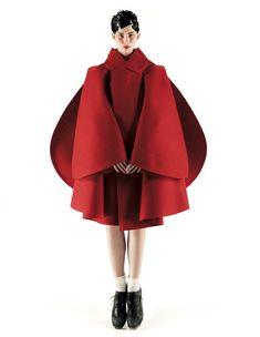 Vogue Nippon October 2012 by Mark Segal Designer: Rei Kawakubo Image Fashion, 3d Fashion, Fashion Details, Editorial Fashion, Womens Fashion, Fashion Design, Fashion Trends, Daily Fashion, India Fashion