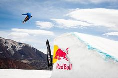 Ekstremsports entusiaster kan godt begynde at glæde sig - vinteren bringer ski og snowboard med sig.