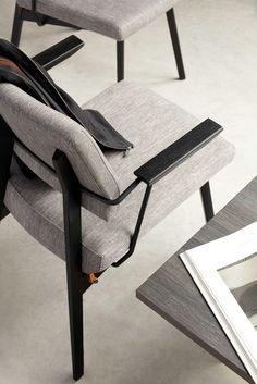 LINDSAY UNI H47 +A, le confort, en toute élégance. Une chaise avec accoudoirs qui garde une silhouette très épurée, toute en finesse.