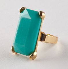 Glamour Rectangle Ring in Turquoise.
