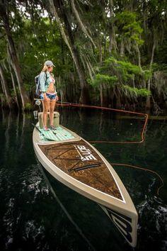 Kayak Fishing Women 1001 fly fishing tips Sup Fishing, Fly Fishing Girls, Gone Fishing, Trout Fishing, Saltwater Fishing, Fishing Boats, Fishing Paddle Board, Fishing Tips, Fishing Shirts