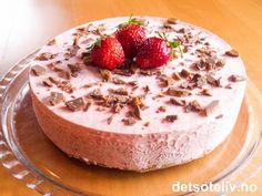 Norwegian Food, Pudding Desserts, Camembert Cheese, Nom Nom, Cheesecake, Deserts, Goodies, Food And Drink, Ice Cream