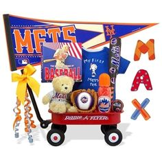 http://www.gotobaby.com/ – Celebrate the birth of a new NY Mets enthusiast with the outta-the-park jam-packed Radio Flyer Wagon from Go To Baby.