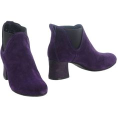 Sgn Giancarlo Paoli Ankle Boots ($195) ❤ liked on Polyvore featuring shoes, boots, ankle booties, purple, beatle boots, leather chelsea boots, leather ankle booties, leather bootie and bootie boots