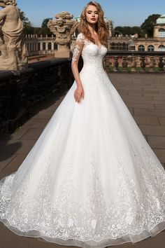 NEW! Attractive Tulle Sheer Bateau Neckline A-Line Wedding Dress with Lace Appliques