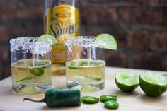jalapeno margarita recipe on the blog today! #lowcal #recipe