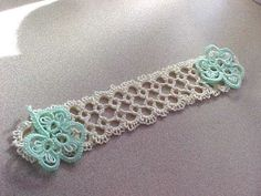 Tatted Bookmark Cream with 2 Mint Shamrocks Lacey New Tatting by Dove Country #DoveCountryTatting