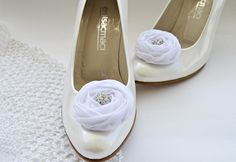 White Chiffon Roses Shoe Clips by BizimFlowers on Etsy