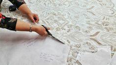 Finalizamos la primera semana del mes de octubre, trabajando con mucho 💙 en un nuevo proyecto junto a Rebeca Labara de A Trendy Life. 💎 ¡Estamos deseando contaros más!  #lavetis #lavetisnovias #atrendylife #vestidosdenovia #weddingdresses #atelier #barcelona #newproject #hautecouture #altacostura #aw17 #style #bloggers