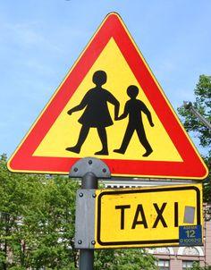 Vanhempainyhdistykset voivat myös edistää liikenneturvallisuutta. Yhdessä kampanjoiden voi esimerkiksi  kiinnittää huomiota pyöräilykypärien käyttöön,  muistuttaa heijastimien käytöstä, järjestää mopoilu-iltoja esim. liikennesäännöistä tai huoltaa ja tuunata yhdessä polkupyöriä.   #liikenneviikko