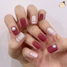 20 Hottest & Catchiest Nail Polish Trends in 2019 Elegant Nails, Classy Nails, Fancy Nails, Stylish Nails, Simple Nails, Diy Nails, Cute Nails, Pretty Nails, Minimalist Nails