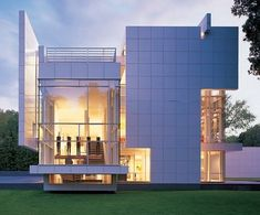 Rachofsky House II, Dallas Texas - US 1996 by Richard Meier, Architect Richard Meier, Richard Richard, Futuristic Architecture, Residential Architecture, Contemporary Architecture, Art And Architecture, Chinese Architecture, Architectural Digest, Modern Exterior