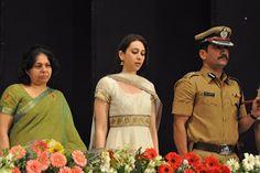 Karishma Kapoor at Mumbai Police Event on Women's Safety.