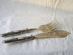 1gr                  =====2tlg. antikes Fisch-Vorlegebesteck, 800er Silber, Jugendstil, um 1900 Moldings, Gold Paint, Art Nouveau, Pisces, Silver