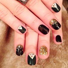 Gold flakes & rhinestone nails design | Demi Lovato Safari & In Love kits #holiday #mani