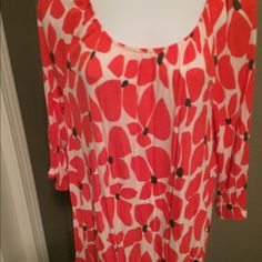 Women's tunic Light weight bright coral design. Elastic at waist. And sleeves. Old Navy Tops Tunics