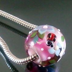 PIKALDA=handmade lampwork 1 charm glass bead big hole ladybug=LIVE IN GARDEN=SRA