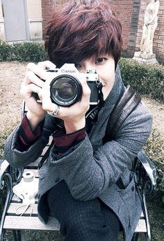 My current bias..Jeongmin from Boyfriend.