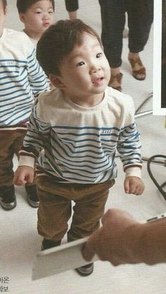 Daehan so cute...