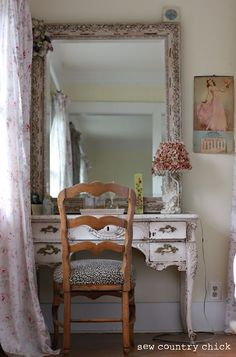 9 Best Tips: Chic Bedroom Remodel bedroom remodel before and after laundry rooms. Baños Shabby Chic, Muebles Shabby Chic, Shabby Chic Bedrooms, Shabby Chic Homes, Shabby Chic Furniture, Vanity Redo, Vanity Ideas, Vanity Stool, French Country Bedrooms
