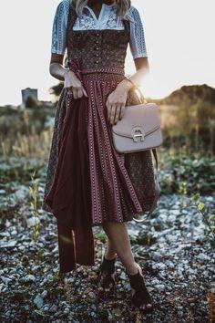 Dirndl Anna in haselnuss kombiniert mit Body Chiquita Oktoberfest Outfit, Dirndl Dress, Winter 2017, Fashion Beauty, Personal Style, Dressing, Costumes, My Style, Wedding Dresses