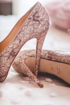 Photography by Studio Phosart A lovely pair of wedding shoes by Vero Cuoio