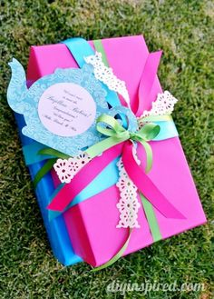 Tea Party Themed Gift Wrapping idea