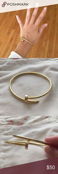 💫Gold Bangle Bracelet💫 🎉 MUST GO SALE!! Donating closet**