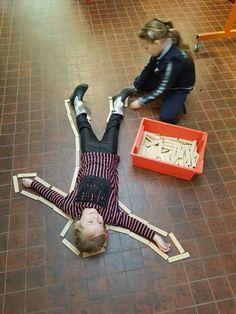 An art! - theme art with preschool children Miss Linda& class - An art! – theme art with preschool children Miss Linda& class - Keith Haring, Haring Art, Toddler Class, Toddler Art, Toddler Preschool, Summer Camp Crafts, Camping Crafts, Montessori Activities, Activities For Kids