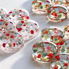 Resin Crafts, Resin Art, Resin Jewelry, Glass Jewelry, Diy Crafts To Sell, Diy Crafts For Kids, New Jewellery Design, Ice Resin, Resin Tutorial
