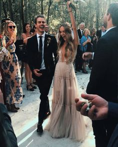 35 Breath-taking Boho Wedding Dresses Cant Miss Breath-taking Boho Wedding Dresses Cant Miss The post 35 Breath-taking Boho Wedding Dresses Cant Miss appeared first on Hochzeit ideen. Top Wedding Dresses, Wedding Dress Trends, Wedding Goals, Wedding Pics, Boho Wedding Dress Bohemian, Bride Hairstyles, Beautiful Gowns, Wedding Inspiration, Wedding Photography