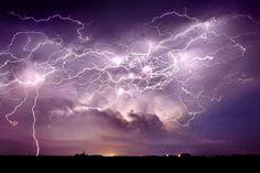 Jason Weingart, il fotografo delle tempeste