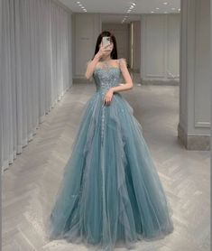 Fancy Wedding Dresses, Pretty Quinceanera Dresses, Prom Girl Dresses, Prom Outfits, Kpop Fashion Outfits, Ball Dresses, Elegant Dresses, Fashion Dresses, Stylish Dresses