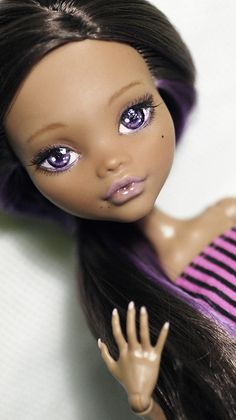 Gorgeous repaint of Monster High Clawdeen Wolf (Dead Tired wave 1.0) doll by By Lineledolls.