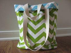 Love this Chevron teacher bag, Putting on my Christmas list for me.