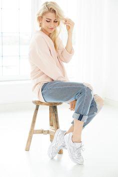 Lazy Sunday Outfit in Pastelltönen von Caro Daur auf @aboutyoude