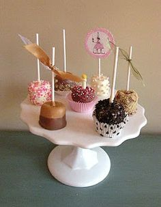 Pink Patisserie: Dipped Marshmallow Fancies