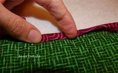 Anna Orduña - Mi Rincón de Patchwork: Tutorial: Bies simple para Quilts rectos Rings For Men, Outdoor Blanket, Anna, Ideas, Scrappy Quilts, Purse, Bedspreads, Sewing, Photos