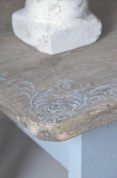 Sjablonen die meerdere keren te gebruiken zijn voor de krijtverf Vintage Paint Jeanne d'Arc Living.