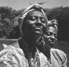 By Pierre Verger, on Flickr.com. o: Candoblé Joãozinho da Goméa, cerimônia africana. Salvador. (Brasil, 1946-1948).