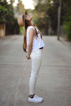 Street Style Fashion.