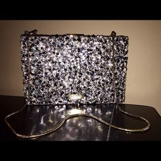 ✨✨3XHP✨ Kate Spade Sequined Emanuelle Clutch✨ NWT Kate Spade Stunning Blush Sequined Emanuelle 'All that Glitters' Clutch/Evening bag!This clutch is fully covered in sequins on the outside and has gold hardware. The chain can be used for a shoulder bag, removed, or tucked inside the clutch. Plenty of room inside for your going out essentials including a zip pocket in the middle, and slots for CC's/ID on the other side. Please ask any questions you may have before purchasing    No Trades kate…