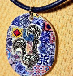 Bonito collar con réplica de azulejos por LasJoyitasDeMarie en Etsy