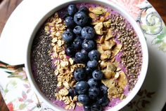 Get Creative and Healthy with Smoothie Bowls   Clean Eating Magazine