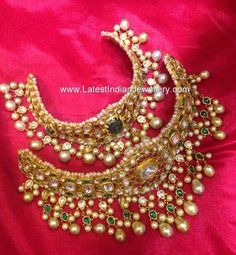 beautiful designer kundan choker necklace designs adorned with colorful kundans, polki diamonds, rubies and emeralds. The pearl droplets randomly hanging throughout Royal Jewelry, India Jewelry, Temple Jewellery, Diamond Jewelry, Gold Jewelry, Jewelery, Diamond Bracelets, Traditional Indian Jewellery, Necklace Designs
