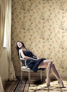 #wallpaper, #beauty, #wallpaperflowers, #wallpaperdamasc, #wallpaperdesign, #tapet, #modeletapet, #tapetflori, #tapetdamasc Barcelona Chair, Lounge, Wallpaper, Anniversary, Furniture, Happy, Girls, Design, Home Decor