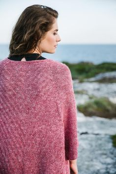 Summer Longing by Susanne Sommer Sweater Knitting Patterns, Knitting Yarn, Dk Weight Yarn, Knitting Magazine, How To Purl Knit, Oversized Cardigan, Garter Stitch, Keep Warm, Knitwear