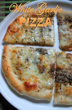Check out the link for the best pizza recipes by top chefs. White Pizza Sauce, Sauce Pizza, Homemade Pizza Sauce, White Pizza Recipes, Italian Recipes, Veg Pizza Recipe, Recipes Dinner, Garlic Pizza, Garlic Bread