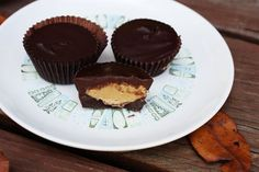 homemade Peanut Butter Cups..and all i need is my microwave. excited to try these!