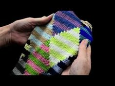 How to Knit Intarsia knitting Part 1 - k1p1 TV - http://www.knittingstory.eu/how-to-knit-intarsia-knitting-part-1-k1p1-tv/